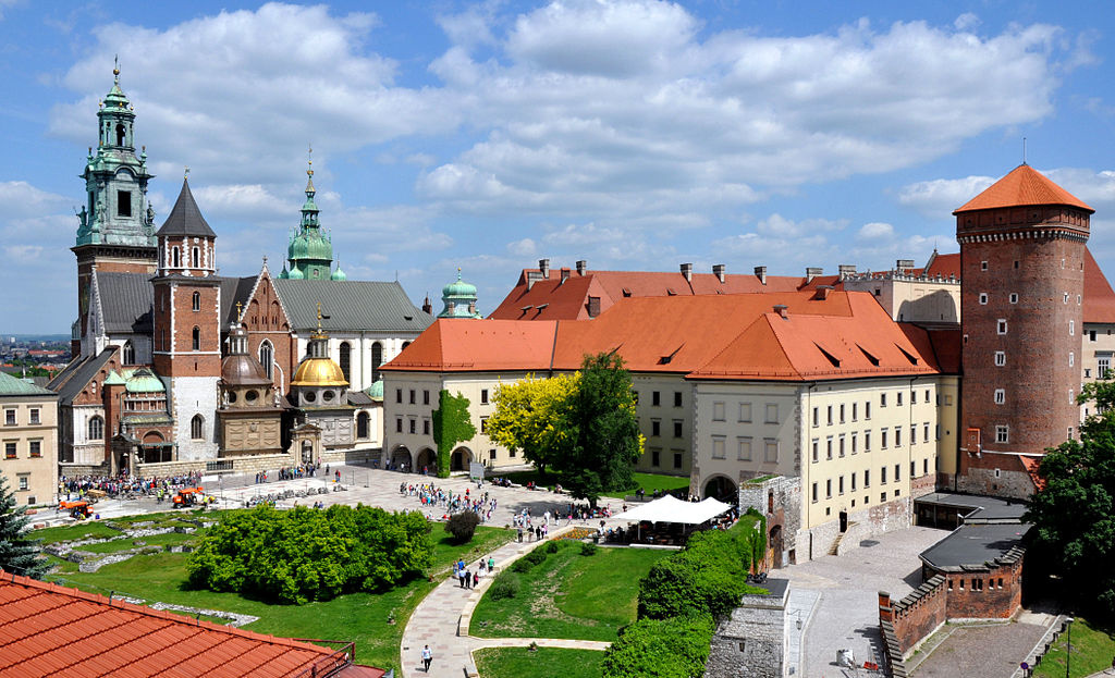 1024px-Wawel_castle
