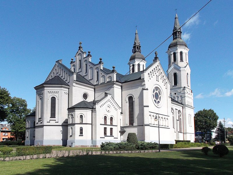 Basilica_in_Augustow_01