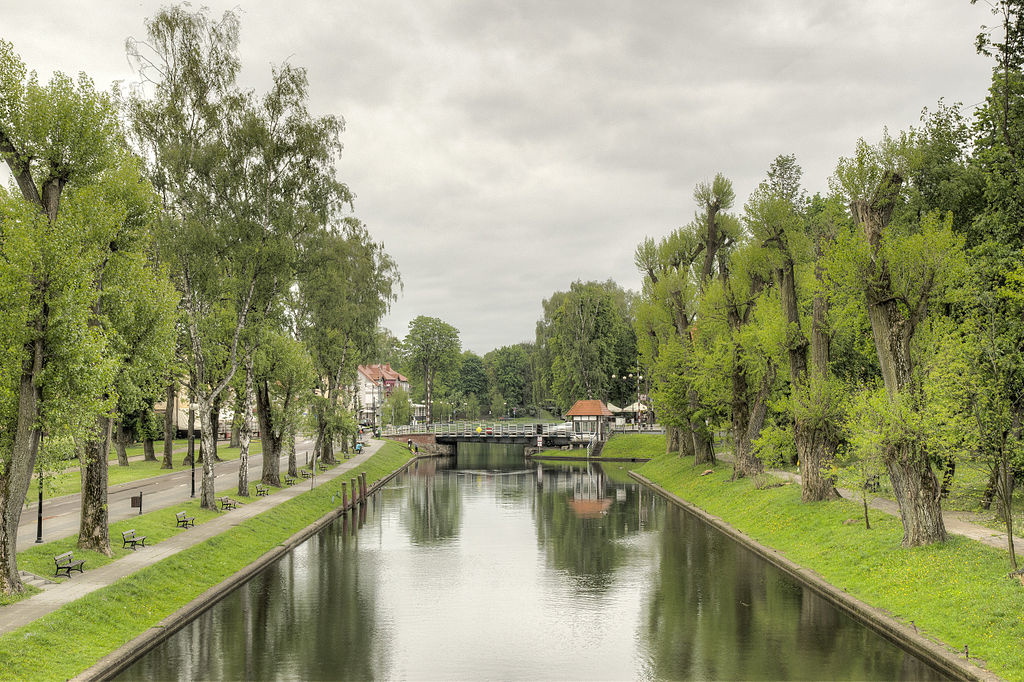 Kanal_Giżycki_i_most_obrotowy